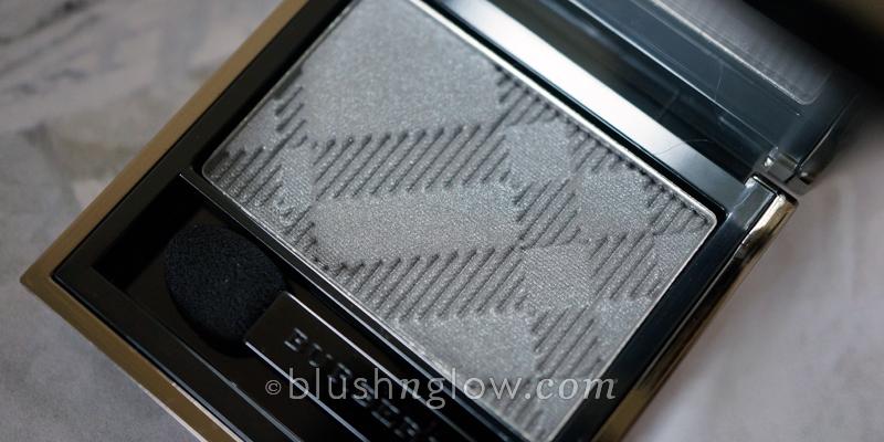 Burberry Pearl Grey eyeshadow