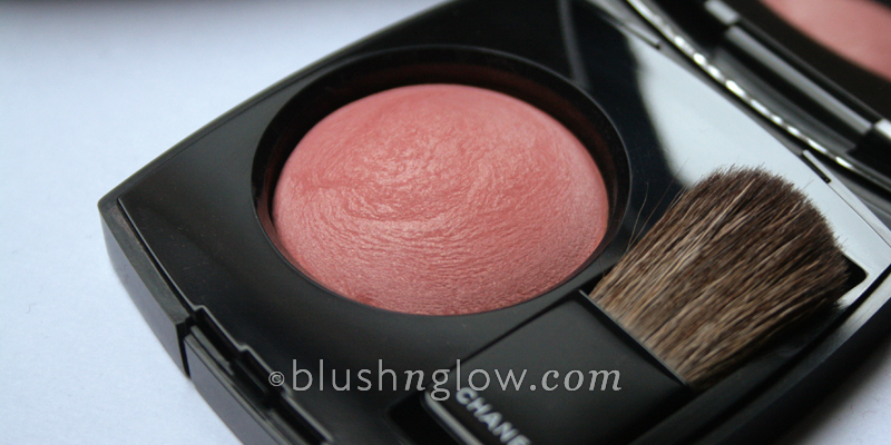 Chanel Rose Initial Rose Petale Joues Contraste Blush